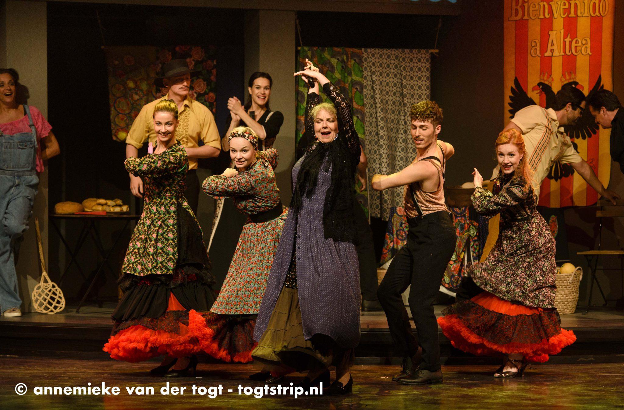 VAMOS! The Musical