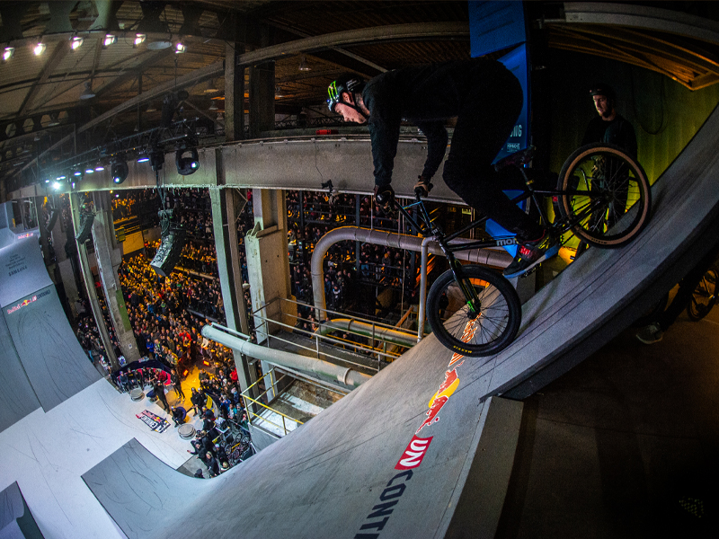 Case Red Bull Uncontained ©Jarno Schurgers/Red Bull Content Pool